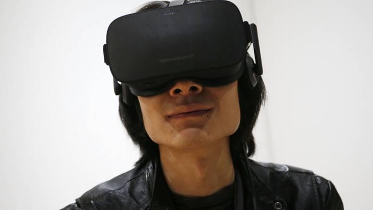 3D-Brille zum Eintauchen in virtuelle Welten:  Oculus will Ende März mit der Auslieferung des Gadgets beginnen.