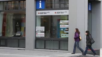 Die Führung des Büros Aarau Info soll zu den Aufgaben der Vereins Aarauer Stadtmarketing gehören.