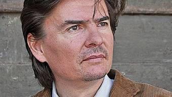 Tomas Dratva ist Pianist, Lehrer und Dozent.