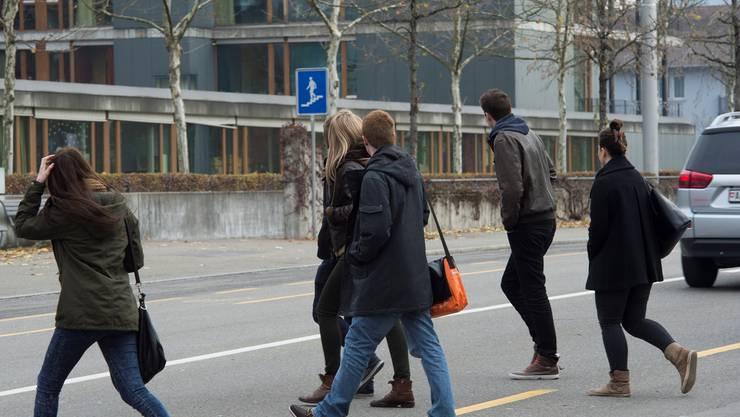 Passanten nutzen Unterführungen wie bei der Kanti Baden immer weniger.