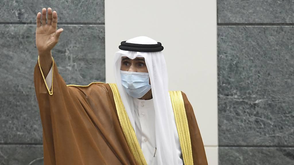 Emir ernennt 80-jährigen Halbbruder zum Kronprinzen