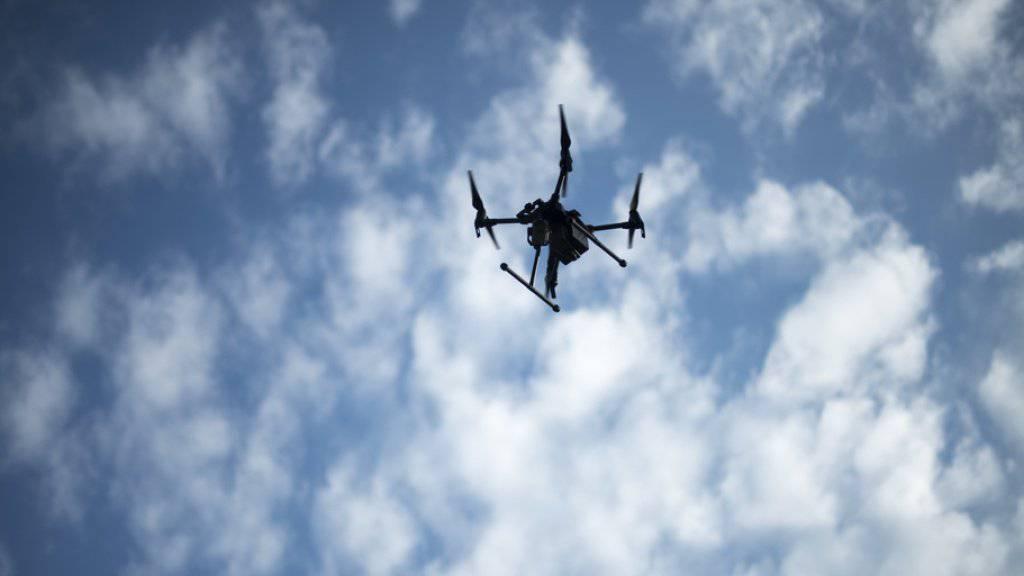 Mit Drohnen wurde Rauschgift in grossem Stil in Gefängnisse geschmuggelt. (Symbolbild)
