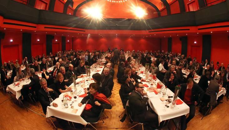 Über 200 Gäste aus Politik, Behörden sowie Freunde und Bekannte kamen gestern Abend zur Kantonsratspräsidentenfeier von Susanne Schaffner ins Oltner Stadttheater.