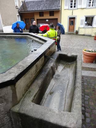 Brunnentour beim Fischerbrunnen in Laufenburg Baden.