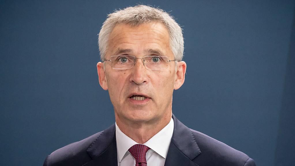ARCHIV - Nato-Generalsekretär Jens Stoltenberg hat einen stärkeren Fokus auf den Kampf gegen den Klimawandel innerhalb des Militärbündnisses gefordert. Foto: Michael Kappeler/dpa-pool/dpa