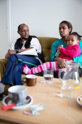 Das gestellte Asylgesuch wurde im September 2014 abgelehnt. Die Beschwerde der Familie brachte kein anderes Resultat.