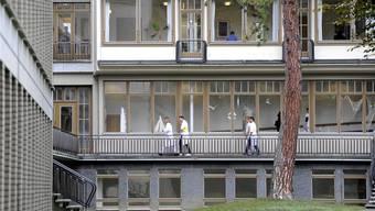 Auch im Universitäts-Kinderspital Zürich leidet man derzeit unter der Hitze.