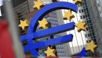 Die europäischen Zentralbank in Frankfurt (Archiv)
