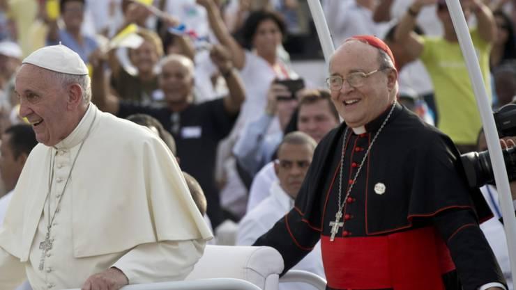 Der kubanische Kardinal Jaime Ortega (rechts), hier gemeinsam mit Papst Franziskus anlässlich dessen Besuches im September 2015 in Havanna, ist im Alter von 82 Jahren gestorben. (Archivbild)