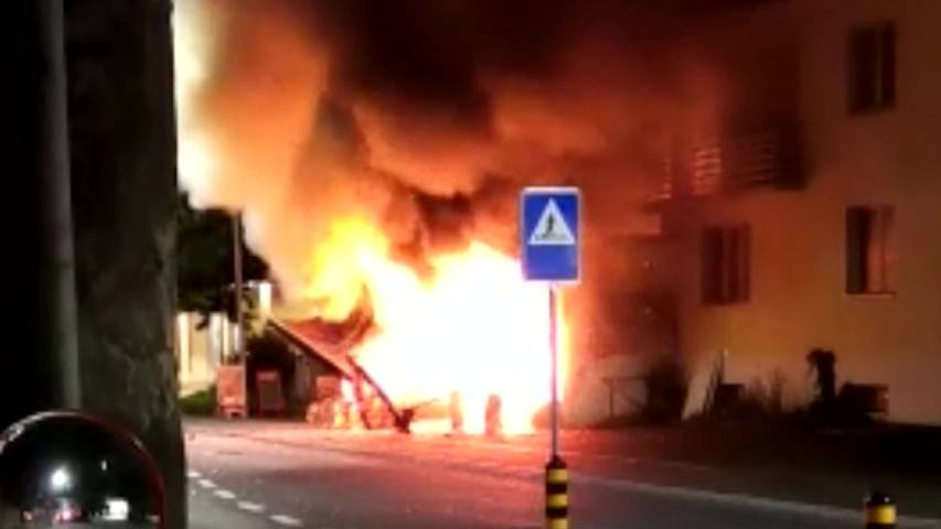 Explosion: In Triesen fliegt ein Kebab-Laden in die Luft