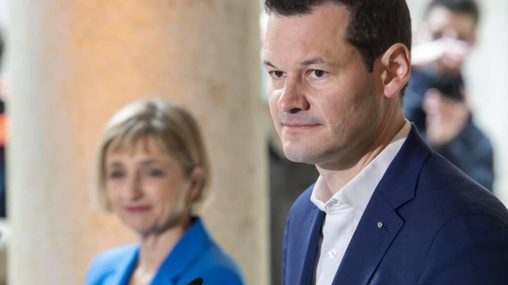 Der zweite Wahlgang in Genf wird auf ein Duell zwischen Fabienne Fischer (Grüne) und Pierre Maudet (parteilos)  hinauslaufen. (Archivbild)