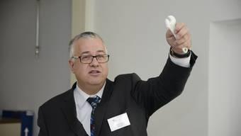 Felix Kunz ist Elektroingenieur und Unternehmer.