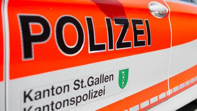 Kopie von Die Kapo St.Gallen musste für einen Unfall im Morgenverkehr ausrücken.