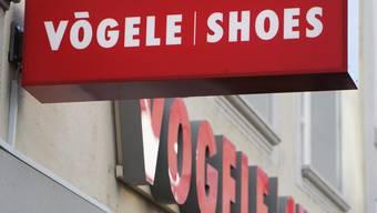 Die Vertriebsformate Vögele Shoes, Bingo Shoe Discount und MAX Shoes werden beibehalten. (Archiv)