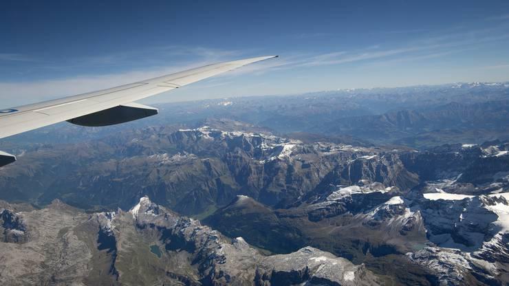 Rundflug über die Alpen