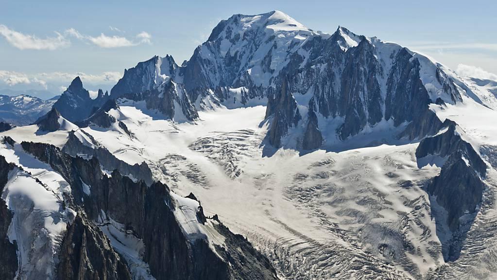 Der Mont Blanc ist geschrumpft: Neu misst der Alpengipfel 4807,81 Meter.