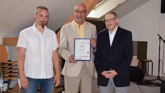 Die Arbeit hat sich gelohnt – Philipp Wenk und Koni Gfeller sind stolze Besitzer des eduQua-Zertifikats.