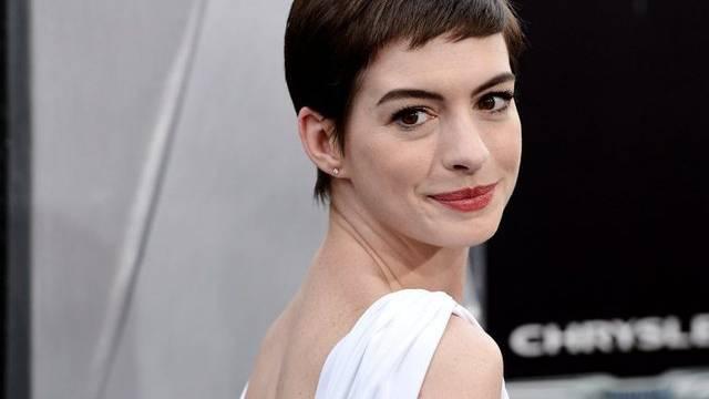 Blick in den Hafen der Ehe: Anne Hathaway (Archiv)