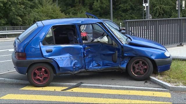 Unfall wegen Rotlicht-Missachtung?