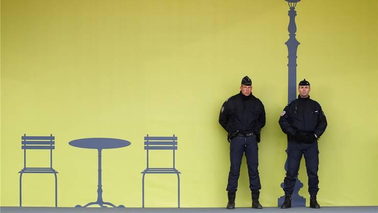 Sie sind nicht immer so friedlich: Französische Polizisten stehen Wache anlässlich der Weltklimakonferenz in Paris.Jacky Naegelen/Reuters