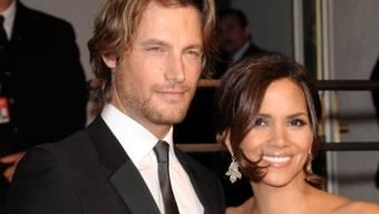 Halle Berry (r.) und Gabriel Aubry an der Oscar-Party 2009