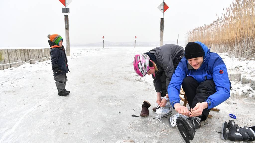 Teil des Bodensees bereit für Eisläufer