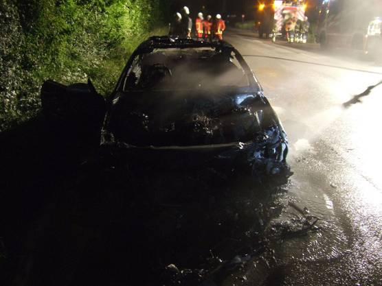 Totalschaden: Vom Auto, das von einem Abschleppunternehmen abtransportiert werden musste...