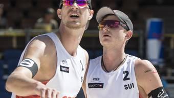 Erfolgreicher Auftakt ins Turnier von Gstaad für die Beachvolleyballer Adrian Heidrich (links) und Mirco Gerson