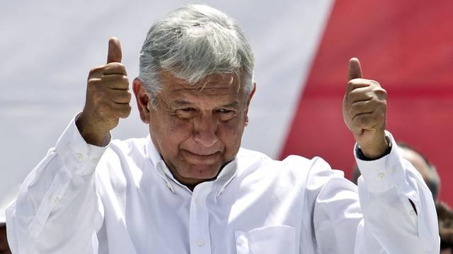 Der unterlegene Präsidentschaftskandidat Manuel Lopez Obrador vor seinen Anhängern in Mexiko-Stadt