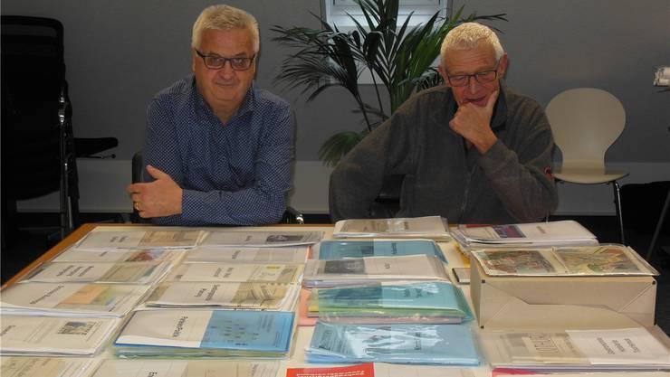 Hans-Rued Wüthrich und Martin Schoch engagieren sich mit Herzblut für das Bezirksarchiv Bucheggberg.