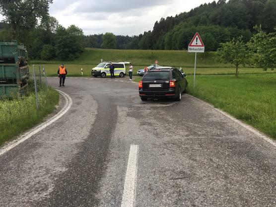 Unfallort: Die  Schafisheimerstrasse dient als Zufahrt zum Schürberg und weist laut der Polizei jeweils am frühen Abend ein beträchtliches Verkehrsaufkommen auf.