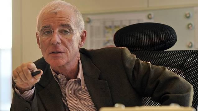 Christian Heeb an einer Redaktionssitzung von Radio Basel (Archiv)