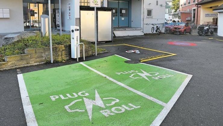 E-Mobilität hat an Bedeutung gewonnen. Hinter der City Galerie gibt es bereits Ladestationen.