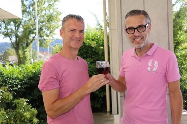 """Am Mittwoch, 21. August, wurde die """"WeinStern Wettingen"""" AG offiziell gegründet. Roland Michel (l.) ist Präsident des Verwaltungsrats und Marco Bieri der Geschäftsleiter."""