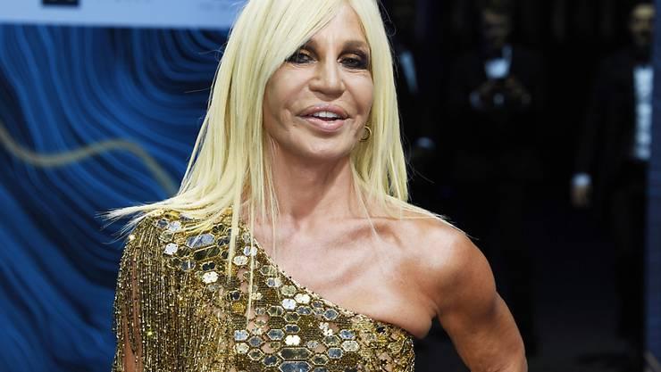 Donatella Versace bezahlt 5 Millionen Euro für eine Villa am Lago Maggiore. (Archivbild)