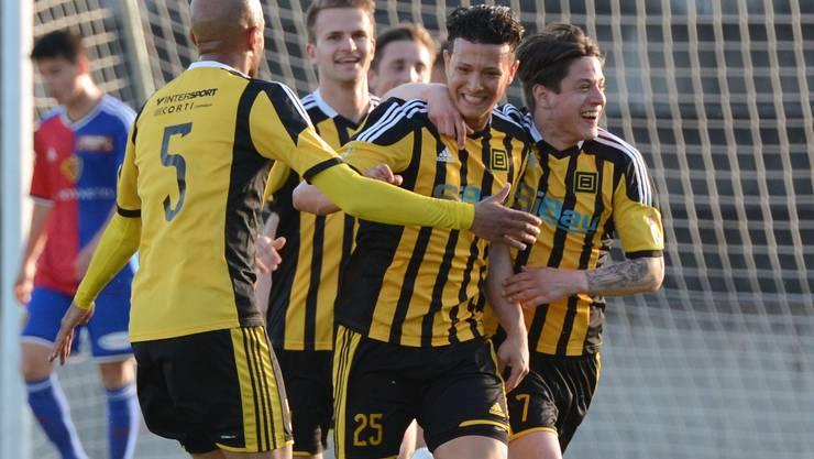 Die Old Boys und Luis Gutierrez (m.) können sich gegen den FC Zürich den Klassenerhalt sichern.