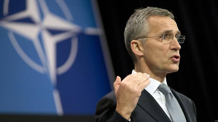 NATO-Chef Stoltenberg geht davon aus, dass die meisten Cyber-Angriffe angesichts des grossen Ressourcenaufwands von staatlichen Institutionen gesponsert werden. (Archivbild)