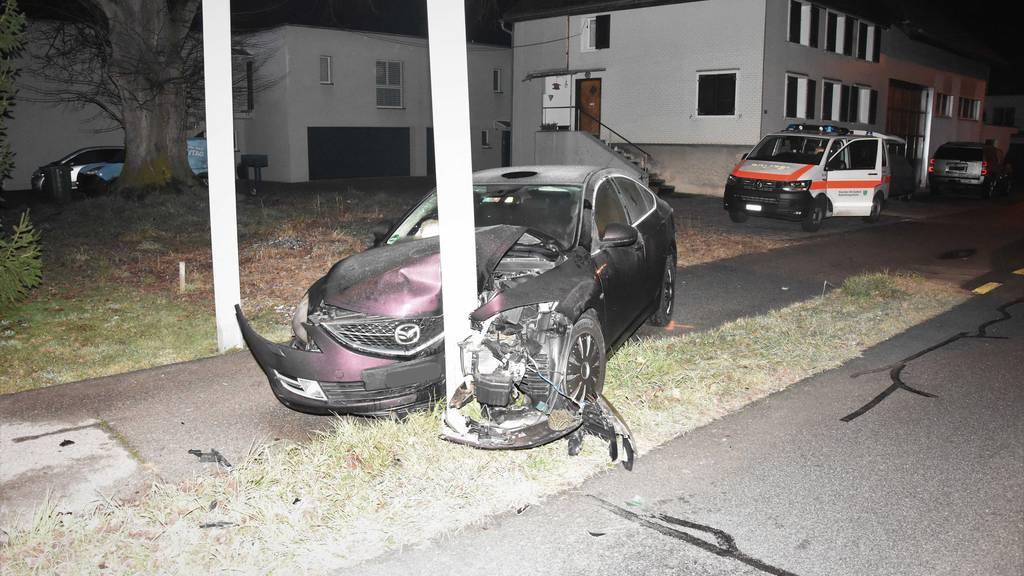 Unglaublich: Dieser Mazda-Fahrer wurde nur leicht verletzt