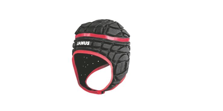 Zwar ist in der Schweizer Rugbymeisterschaft das Tragen eines Helms nicht obligatorisch, aber im Vergleich zum Fussball wird er von bedeutend mehr Akteuren getragen. Er kostet – je nach Ausstattung (Polsterung, Höhe der Augenbrauenlinie) zwischen zwölf und sechzig Franken.