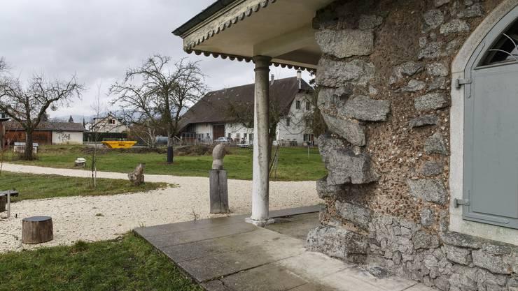Der Quartierverein hängt am Lusthäuschen und am Henzihof (im Hintergrund). (Archiv)