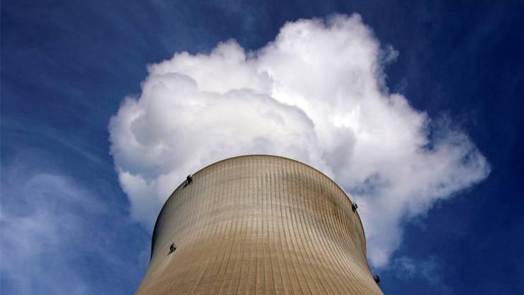 Es raucht wieder: Das AKW Leibstadt ist wieder am Stromnetz.