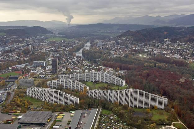 Die Telli-Hochhäusern in Aarau sind in den Jahren 1971 und 1991 gebaut worden.