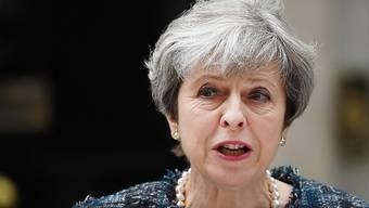 Happige Vorwürfe an die Adresse Brüssels: Die britische Premierministerin Theresa May hat am Mittwoch in London europäische Politiker beschuldigt, mit Drohungen Einfluss auf die britischen Parlamentswahlen nehmen zu wollen.