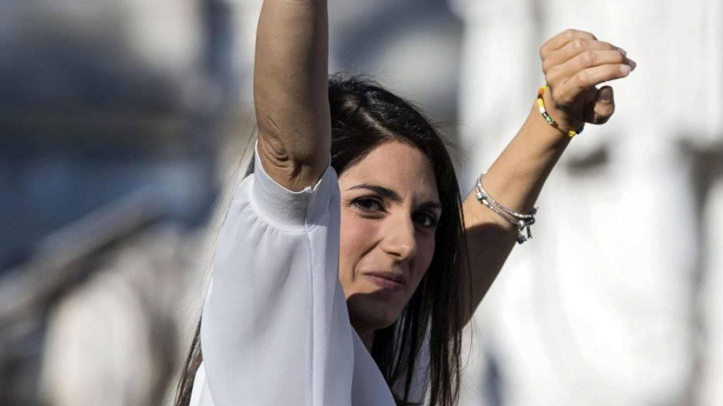 Roms wahrscheinlich erste Bürgermeisterin Virginia Raggi im Wahlkampf Anfang Juni.