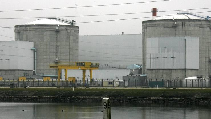 Das Atomkraftwerk Fessenheim nahe der Schweizer Grenze ist seit langem umstritten - jetzt rückt seine Schliessung rasch näher. (Archiv)