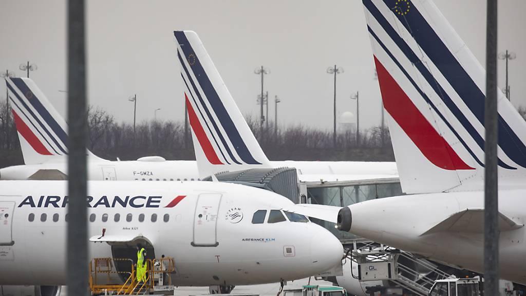 Air France-KLM erwartet weitgehenden Geschäftsausfall bis Ende Mai