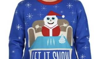 Walmart entfernte den Pulli aus dem Sortiment: Das Sujet zeigt einen Weihnachtsmann, der an einem Tisch mit drei weissen Linien sitzt, die wie Kokain aussehen.