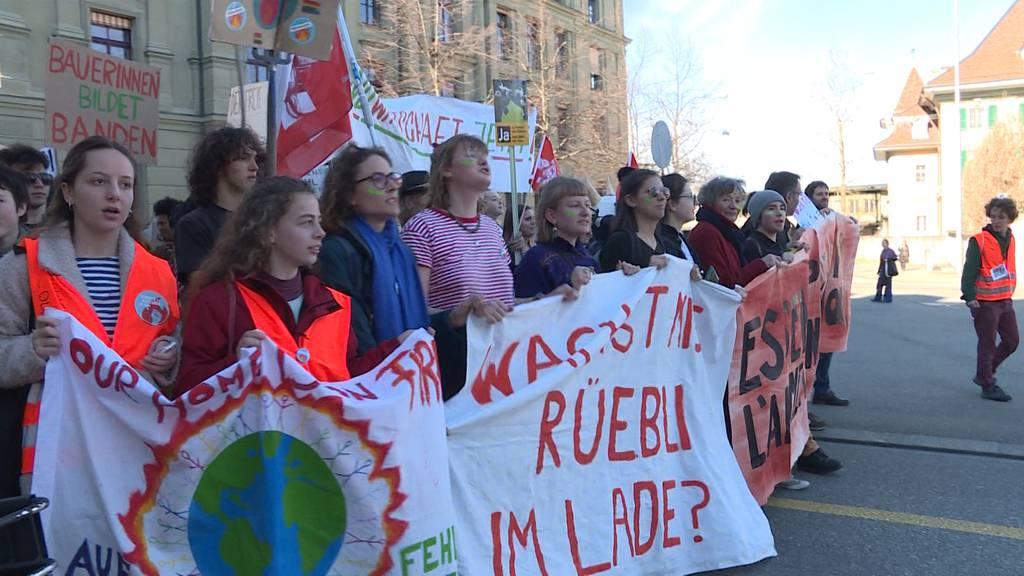 """Bauern und Klimaschützer demonstrieren für """"Landwirtschaft mit Zukunft"""""""