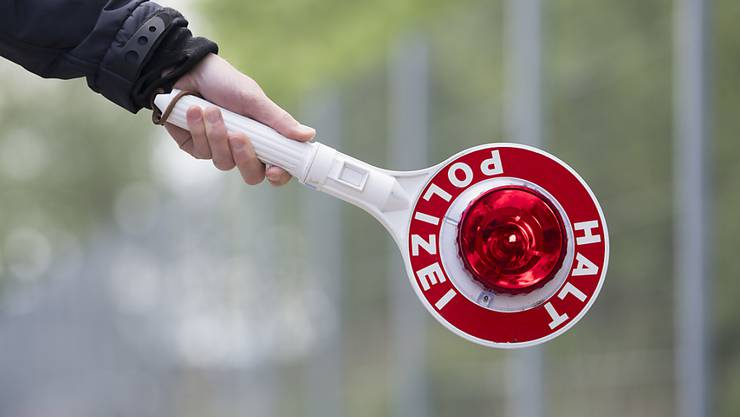 Die Kantonspolizei in Frick sucht nach Zeugen. (Symbolbild)