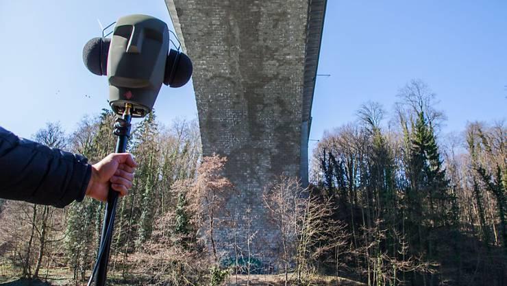 Auch die Stadt antwortet, wenn man ihr ruft. Echo-Hotspot in Bern ist die Lorrainebrücke.